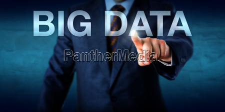 manager, selecting, big, data, on, a - 15796581