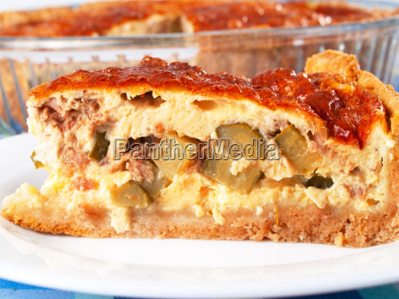 quiche, with, meat, and, cucumbers, quiche, with - 15796007