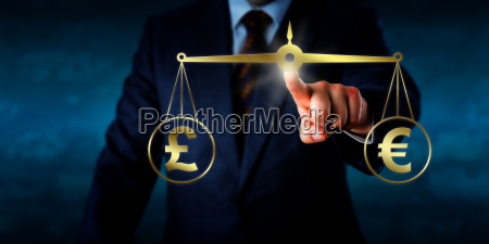 trading, the, pound, sterling, at, par - 15796557
