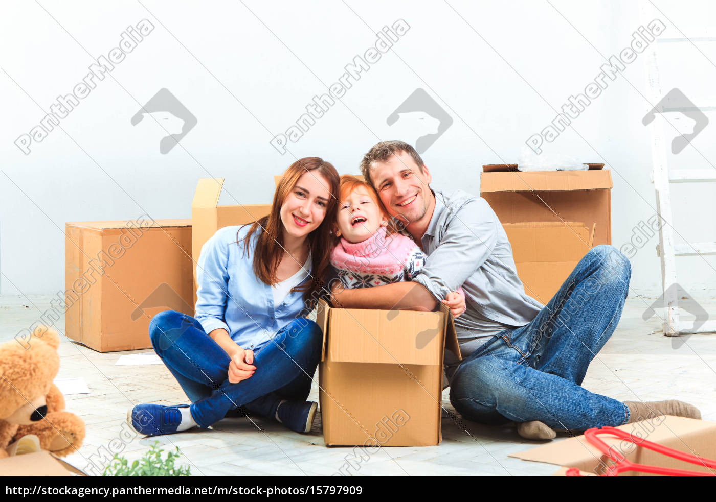 the, happy, family, , during, repair - 15797909