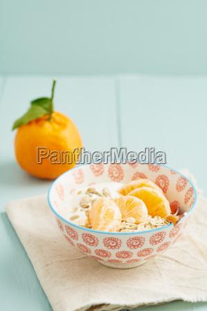 breakfast, cereal, with, mandarins - 15799607