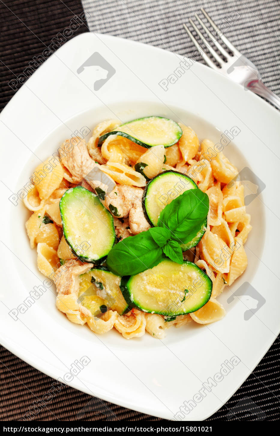 pasta, shell, with, zucchini, pasta, shell, with - 15801021