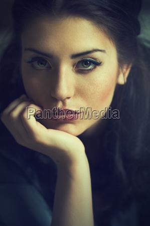 woman beauty natural portrait face attractive