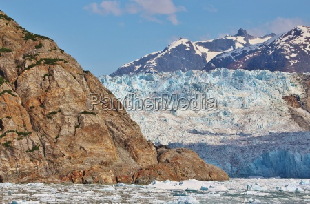 face of sawyer glacier in tracy