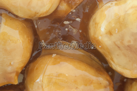 crunchy hazelnuts