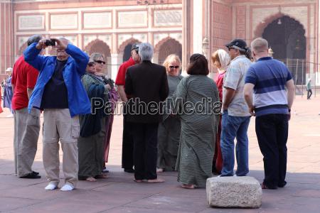 touristvisitors gathered in jama masjid old