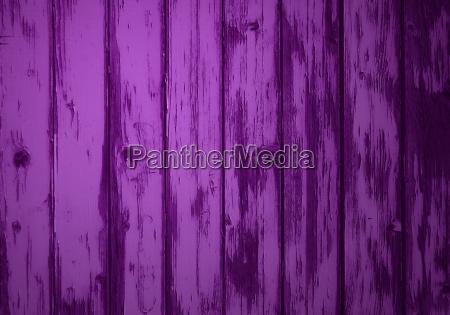 worn violet bretterwand