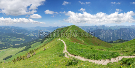 hiking in the allgaeu alps on
