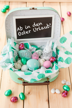 small travel bag with easter basket