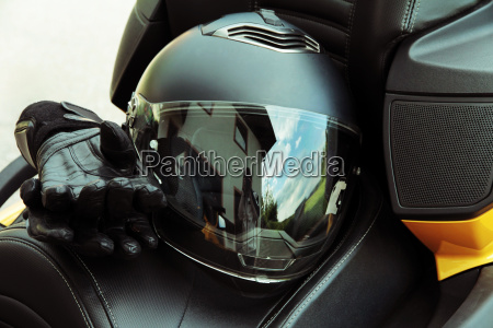 protective clothing and safety in motorsport