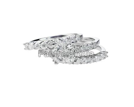 diamond solitaire engagment wedding ring set