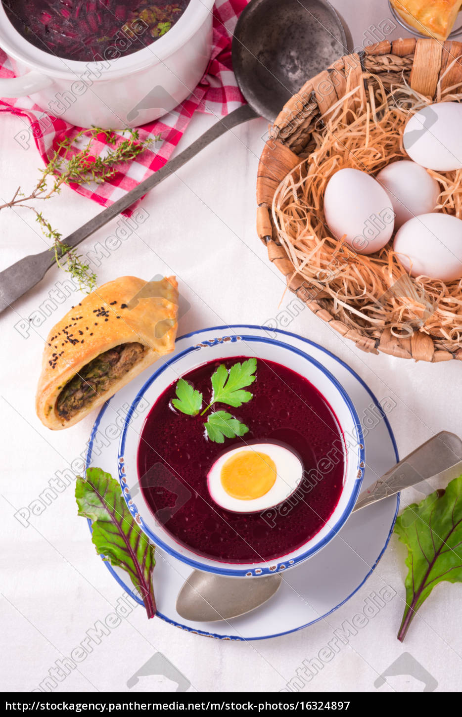 beet, green, soup, with, egg - 16324897