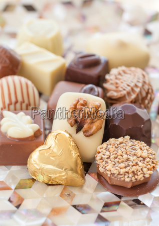 selection, of, different, chocolates - 16324123