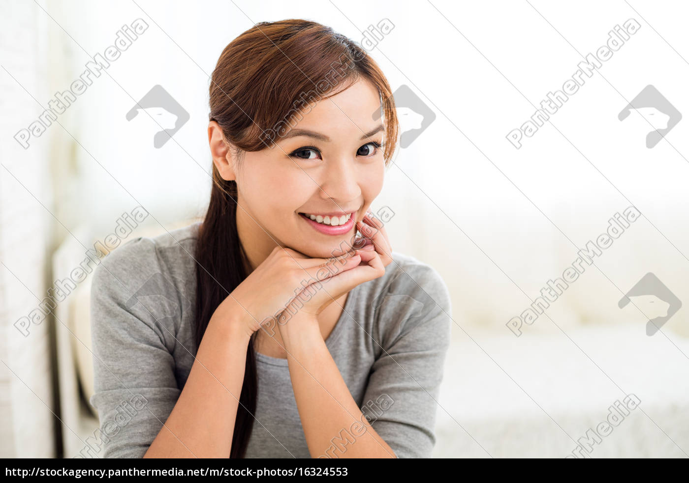 young, woman, smiling - 16324553