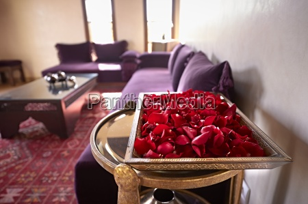 morocco fes tray of red rose