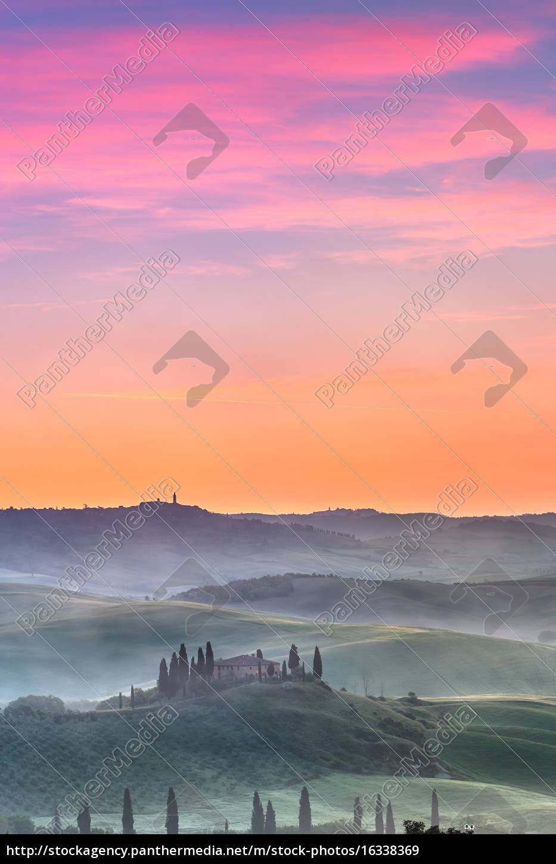 tuscany, at, sunrise - 16338369