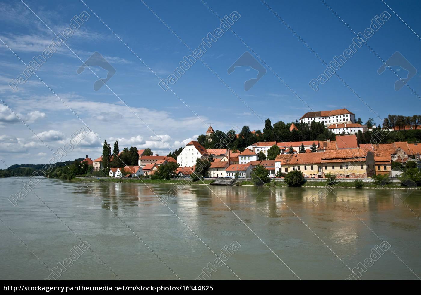 cityscape, ptuj - 16344825