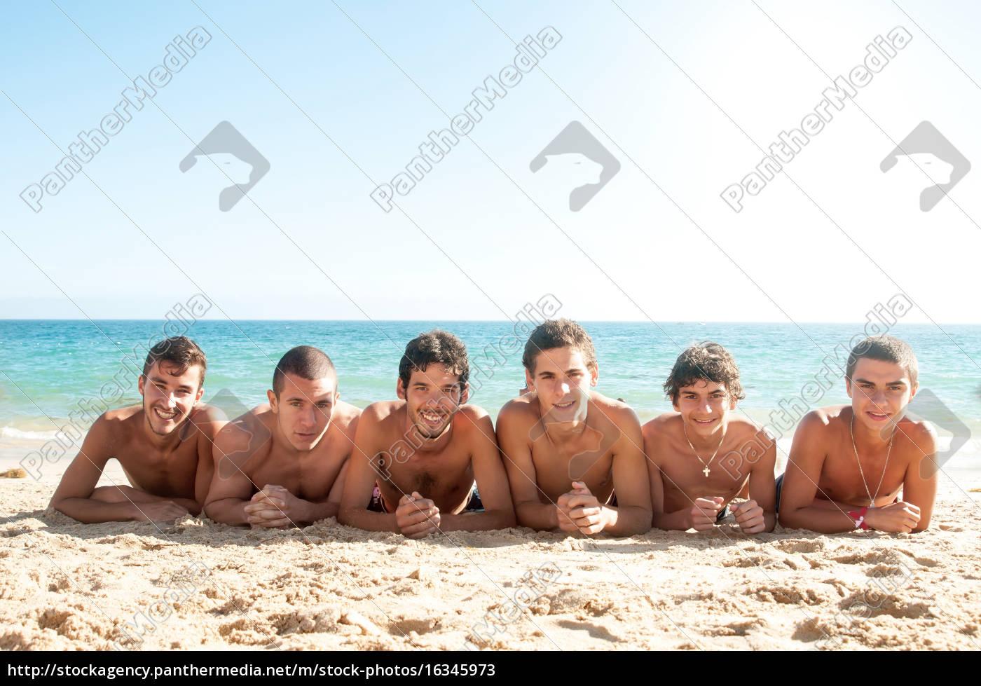 summer, friends - 16345973