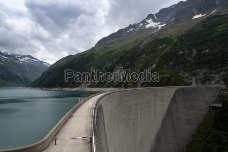 austria tirol zillertal zillergrund reservoir