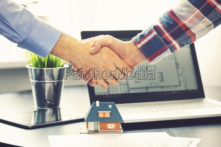 real, estate, agent, shaking, hands, with - 16392766