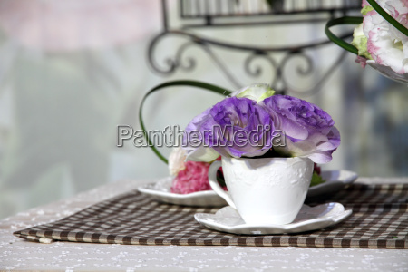 brunch of blossom eustoma flowers in