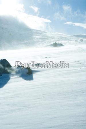 enorme cor montanhas inverno nuvem cupula