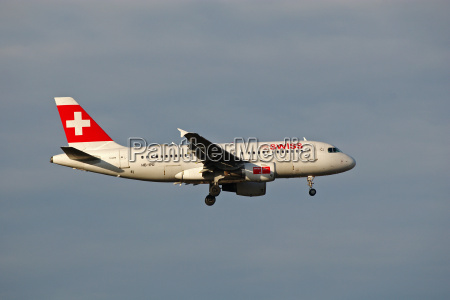 airbus a319 100 of swiss while