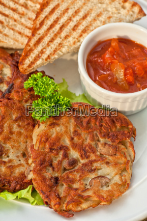 potato pancakes with jam