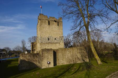 essen burgaltendorf castle ruin altendorf