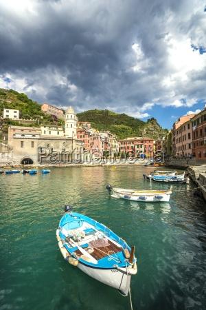 italy liguria cinque terre vernazza harbour