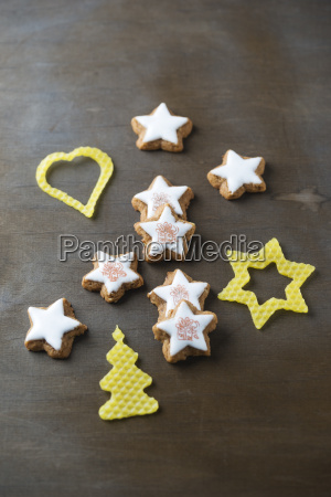 stamped cinnamon stars and christmas decoration