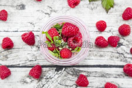 raspberries chia milk kiwi hemp seed