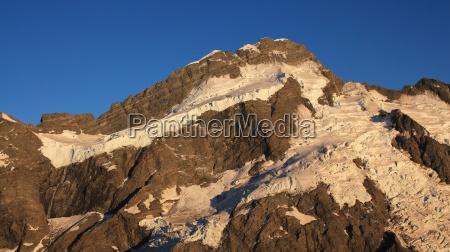 glacier on top of mt brunner