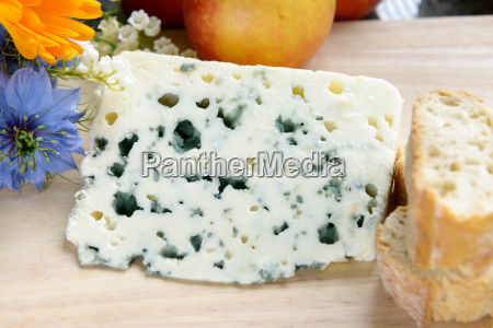 tray with roquefort with bread and