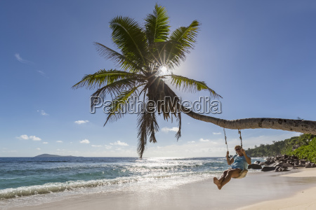 seychelles la digue anse fourmis beach