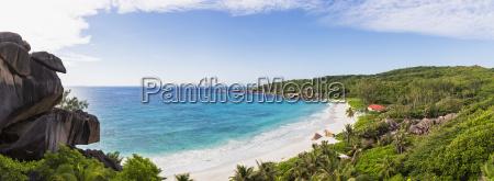 seychelles la digue east coast panoramic