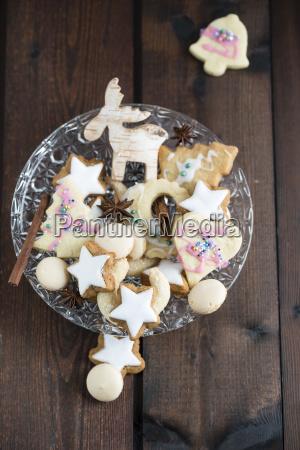 christmas cookies in bowl cinnamon star