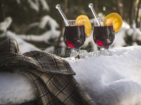 glasses of mulled wine at christmas