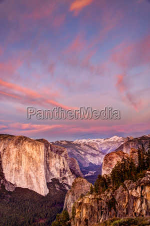 sunset view from stanford point yosemite