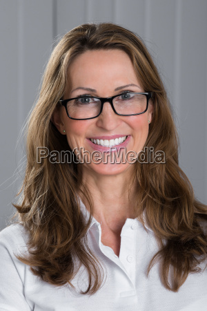 happy woman wearing spectacles