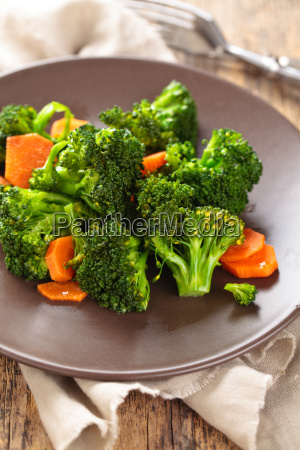 closeup shot of steamed carrots and
