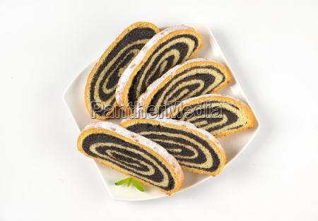 slices, of, poppy, seed, roll - 17764948