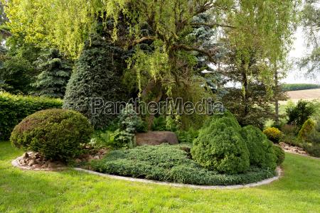 beautiful spring garden design