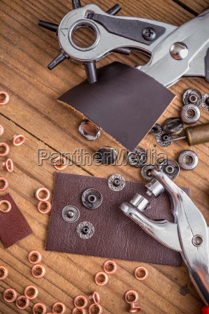 leather crafting diy tools
