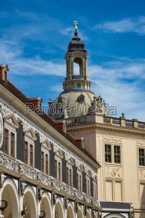 views of the frauenkirche in dresden