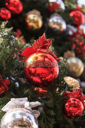 red green gold silver christmas ornaments