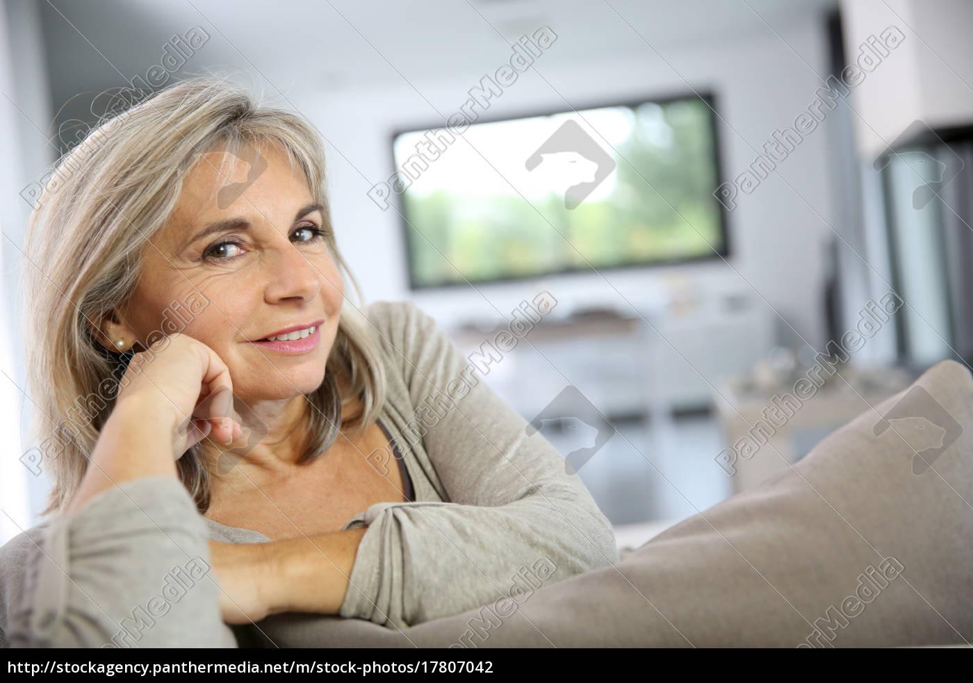 Mature woman photo