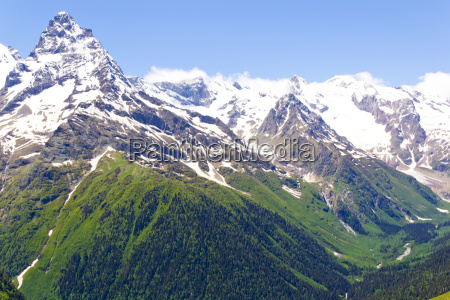 caucasus rockies