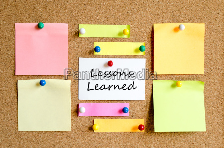 lessons learned sticky note concept