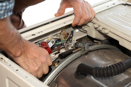 repair the electrical appliance